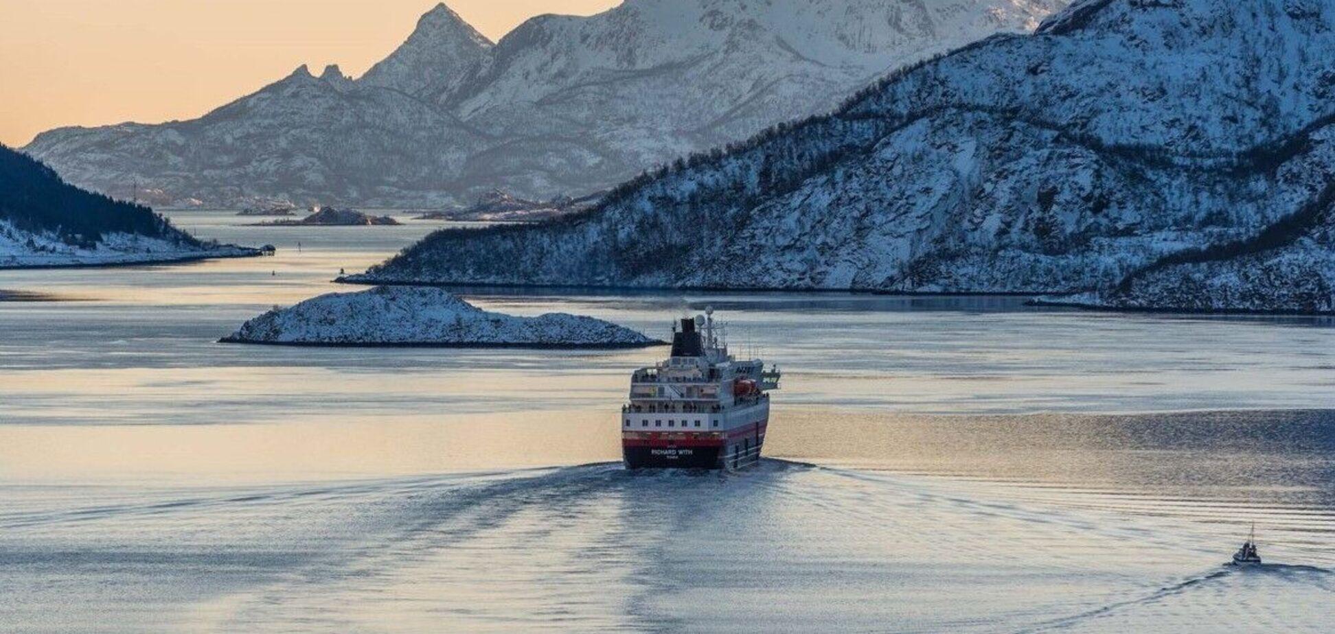 Фото засніженої Арктики