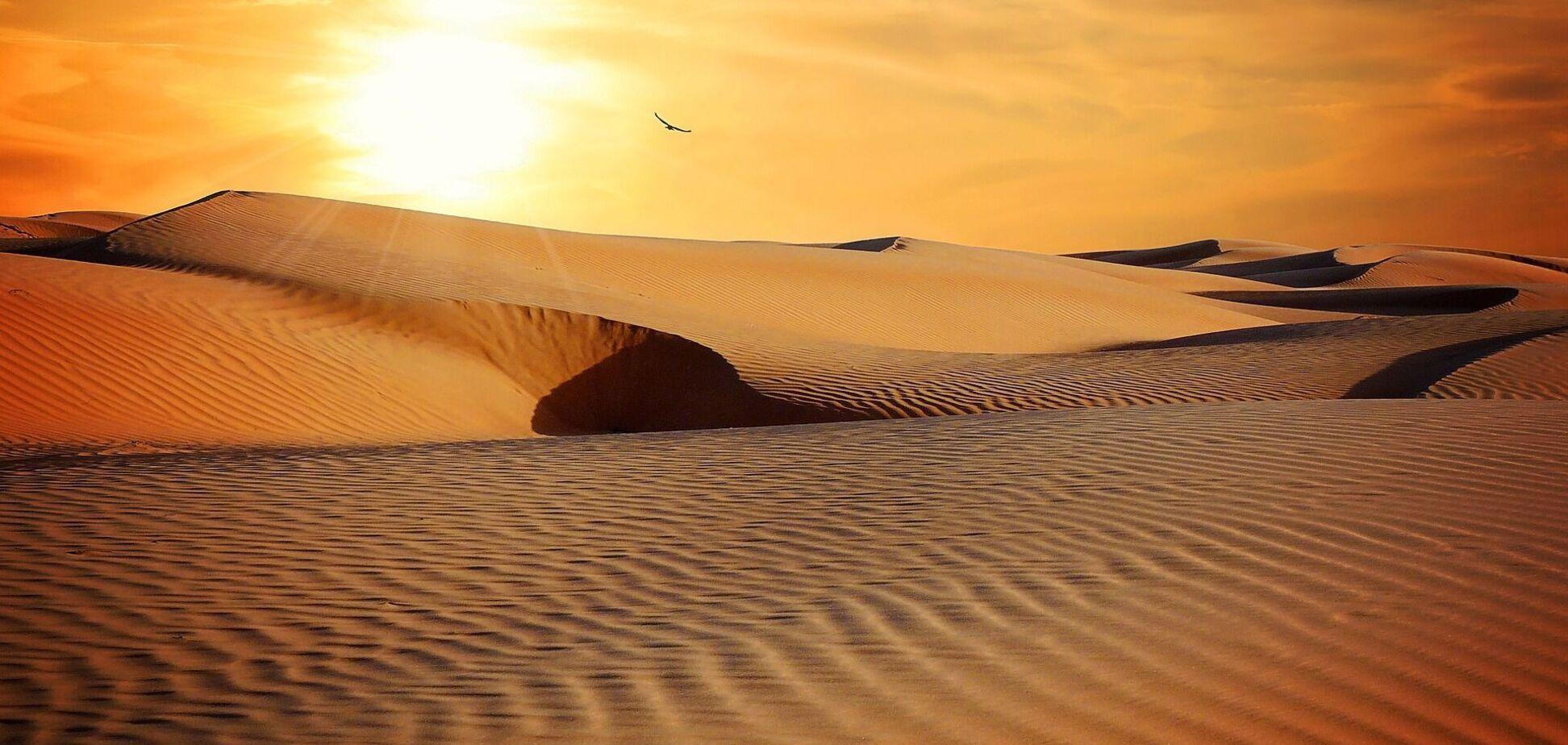 Песок из Сахары окрасил курорты Швейцарии в оранжевый цвет