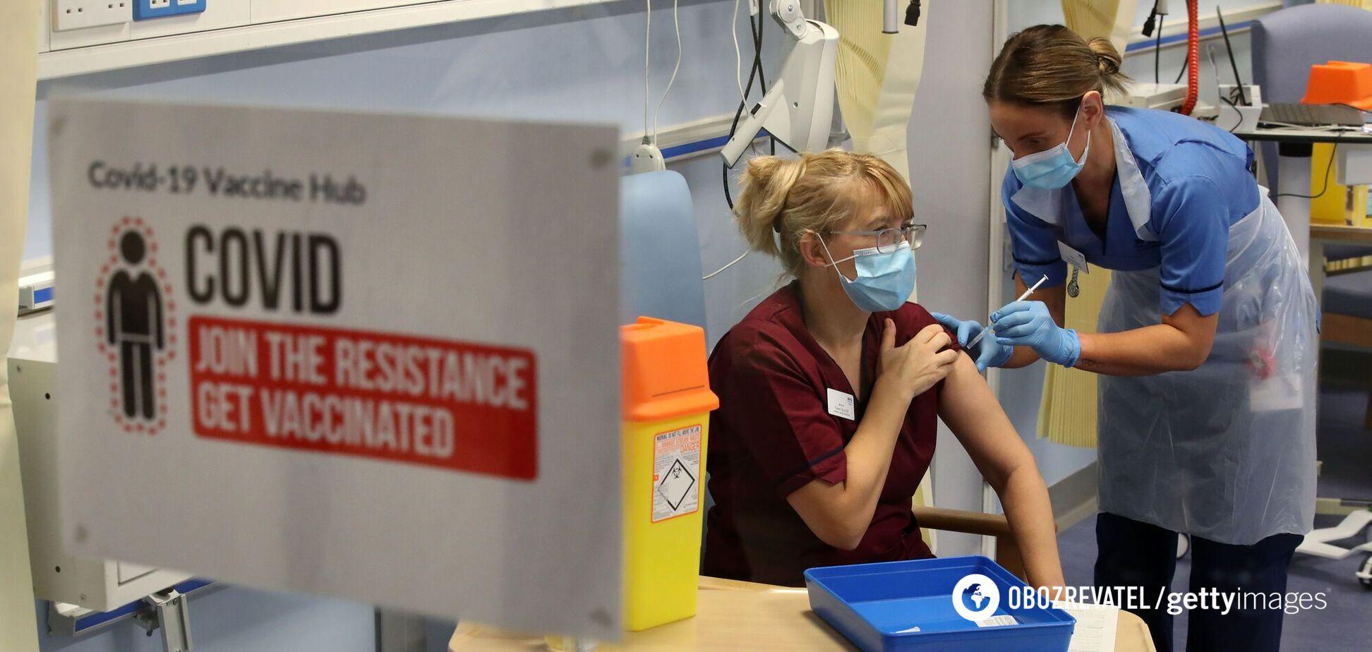 У Британії після вакцинації від COVID-19 на 95% знизилася кількість госпіталізацій