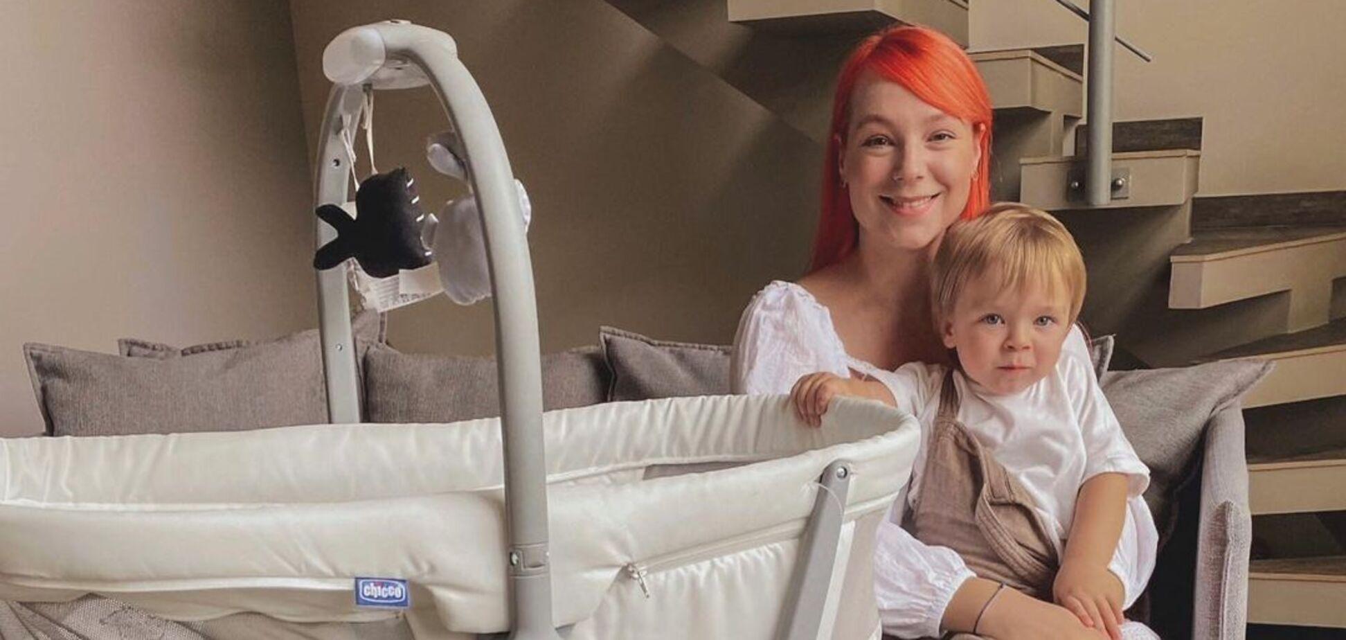 Тарабарова викликала захват у шанувальників фото з підрослою донькою