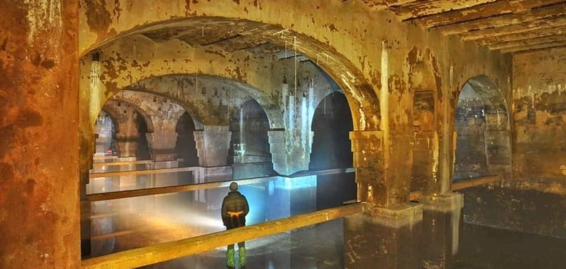Гигантское подземное сооружение находится всего в пару шагах от Крещатика