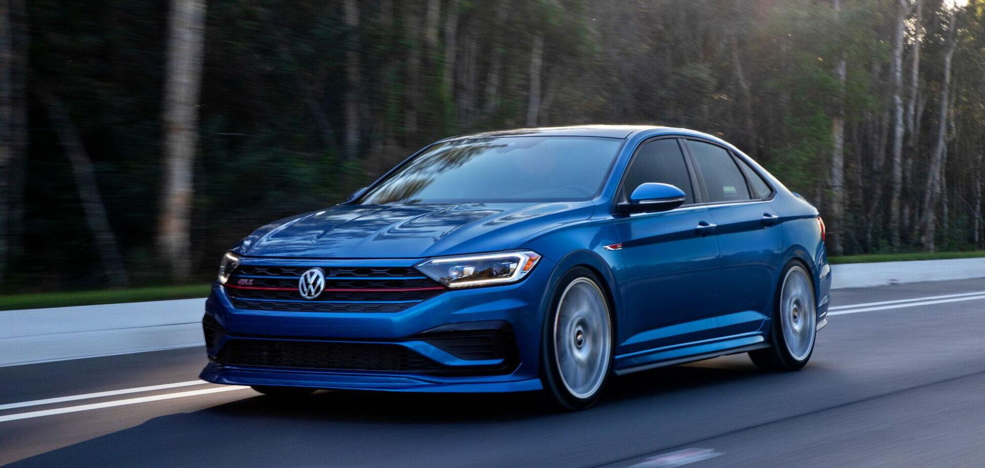 VW показал версию 'Голубая лагуна' седана Jetta GLI