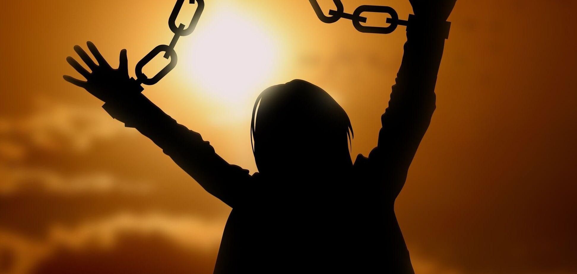 Украинцы – не рабы? Почему торговцы людьми избегают наказания за преступления