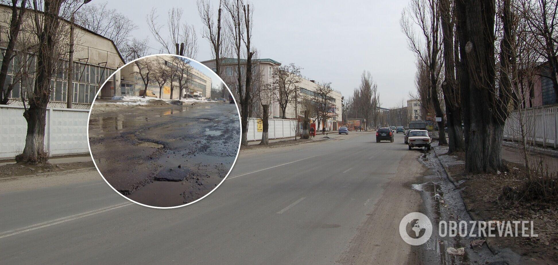 Местные жители говорят, что эту дорогу часто ремонтируют