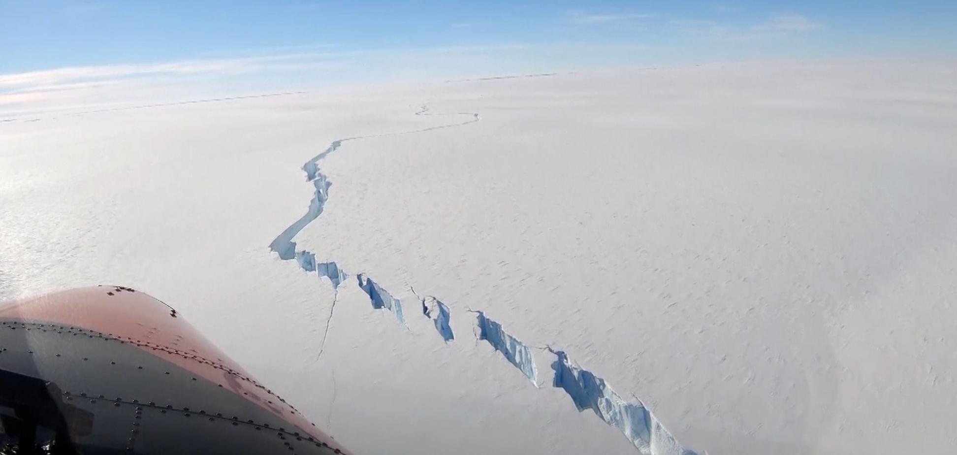 Розкол на льодовику Бранта