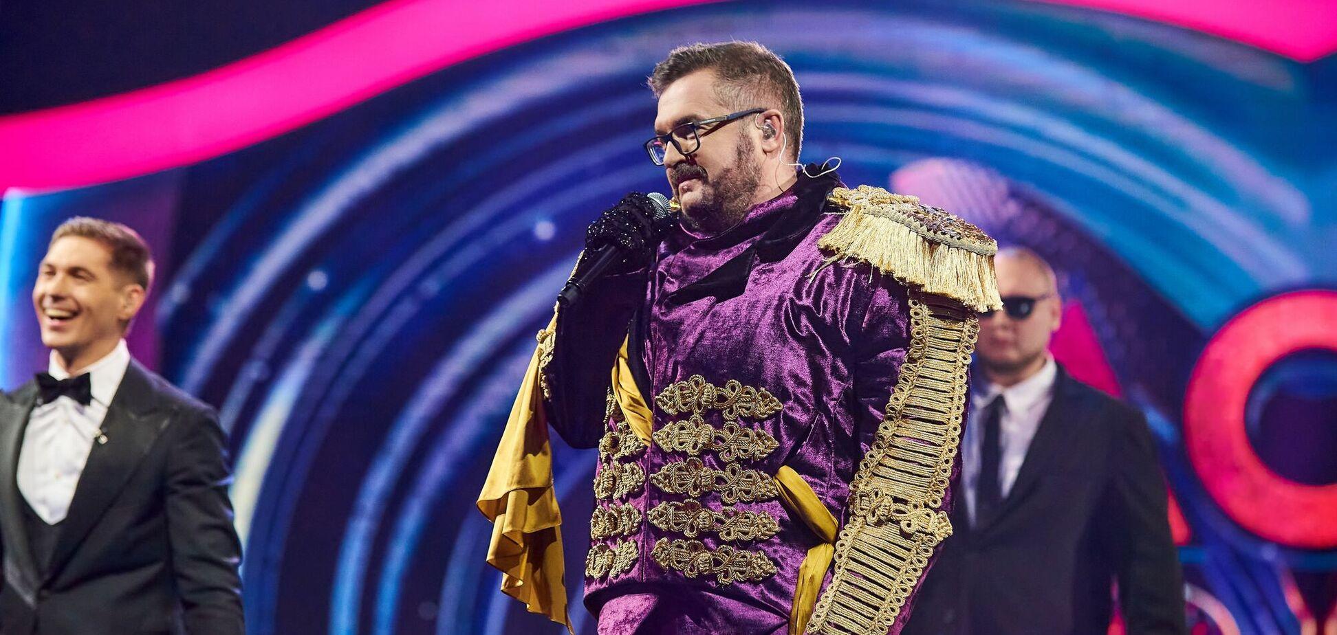 Александр Пономарев в образе Льва на шоу 'Маска'