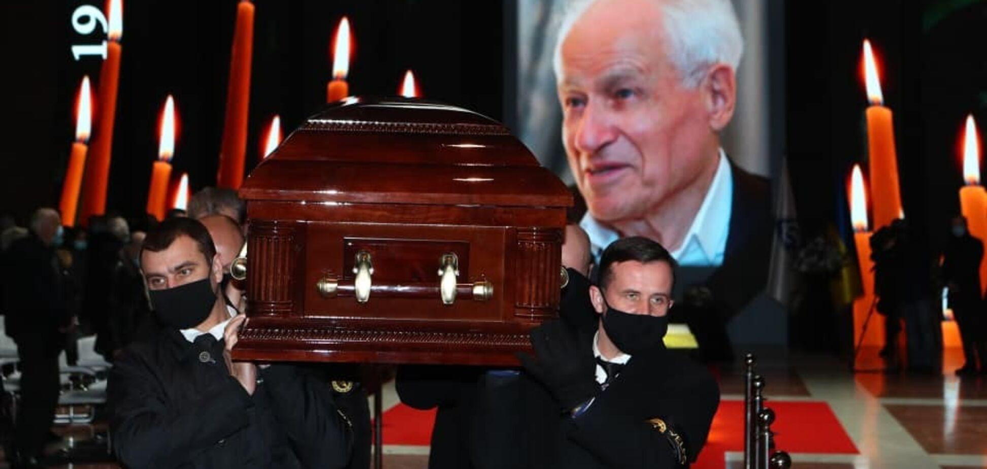 Похорон Михайла Суркіса