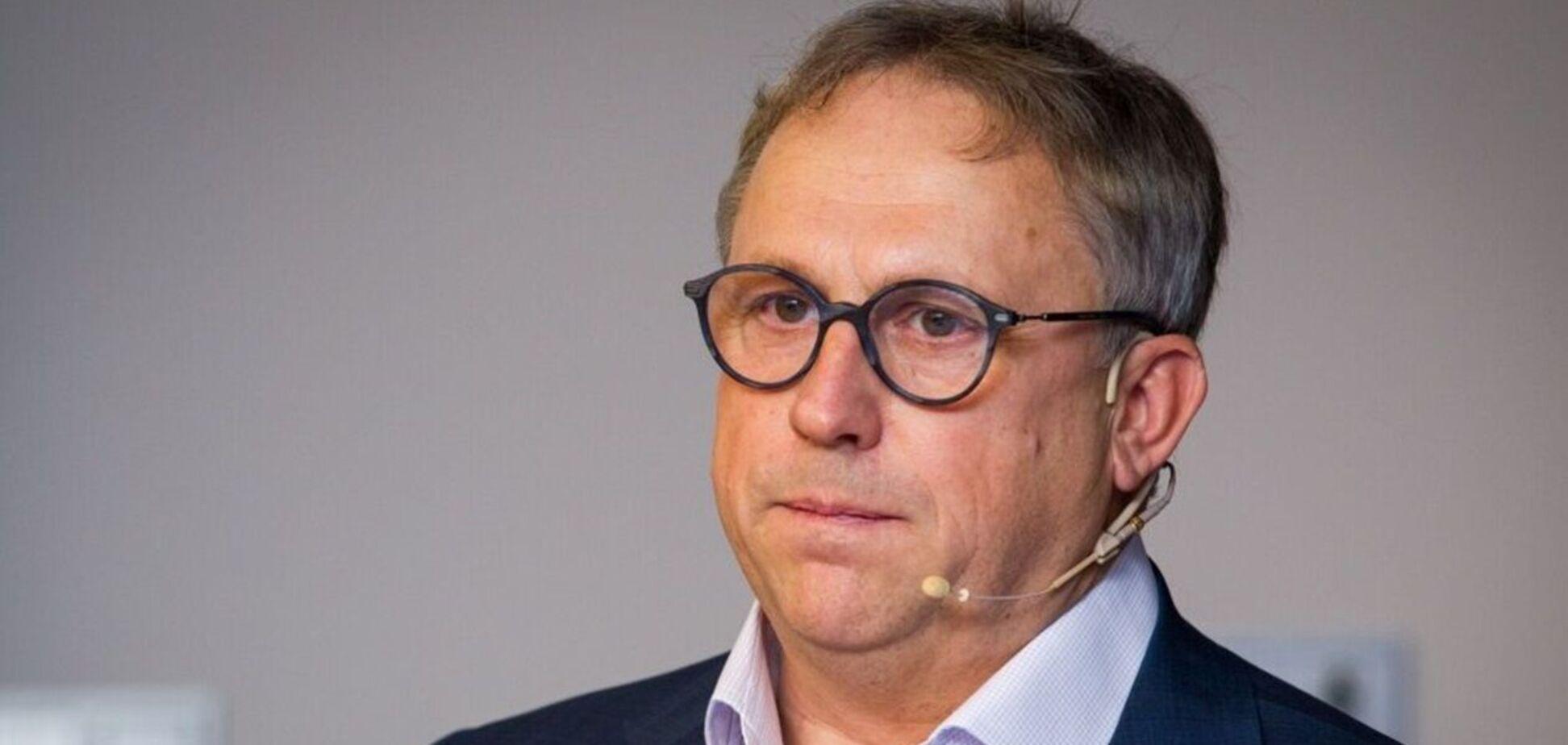 ЗМІ повідомили про ведення Хілларом Тедером бізнесу в Криму