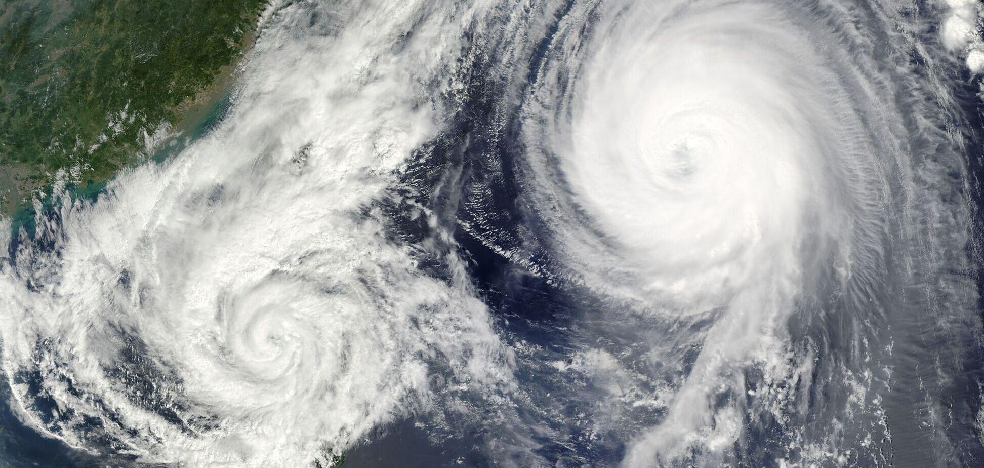 Движение циклонов