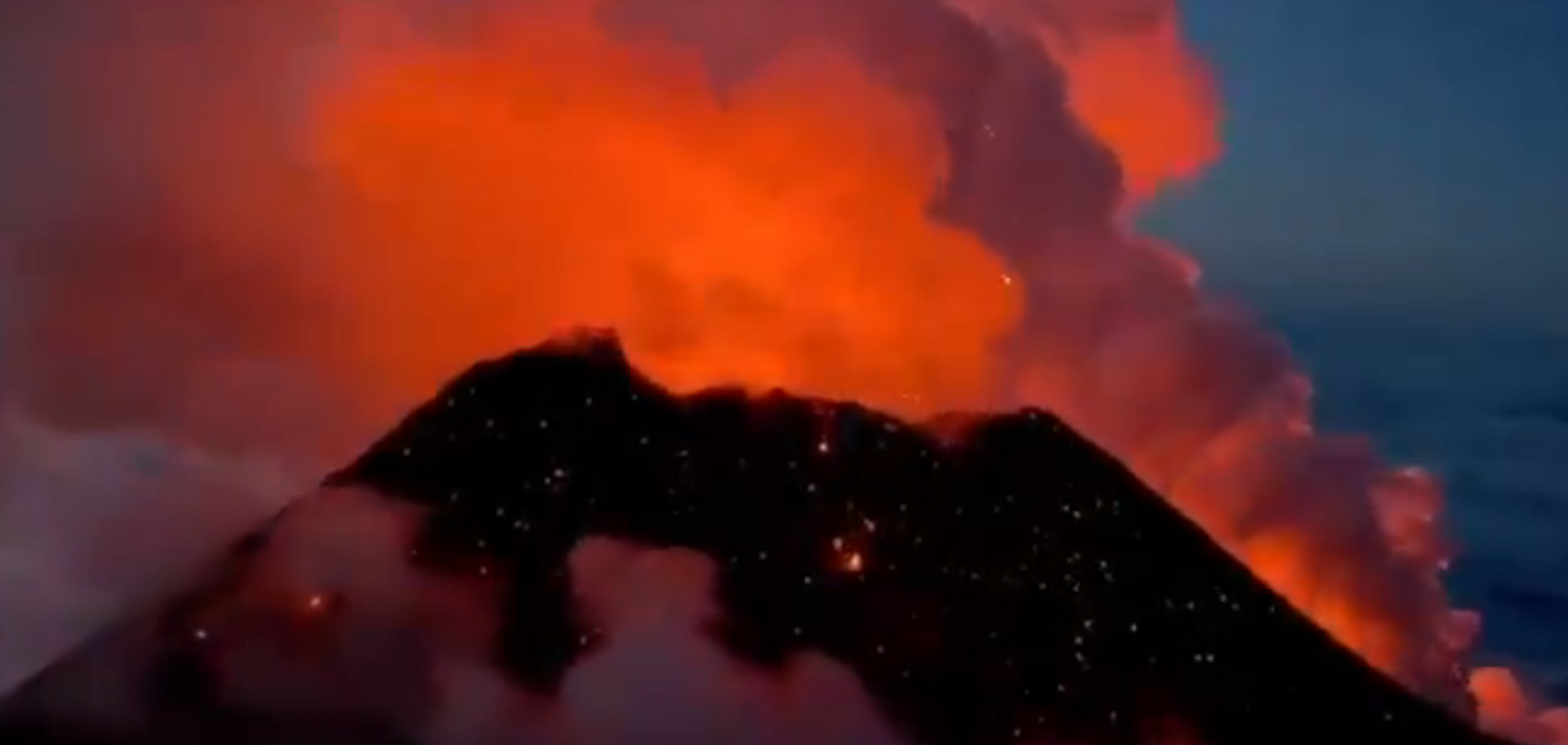 Извержение вулкана в России