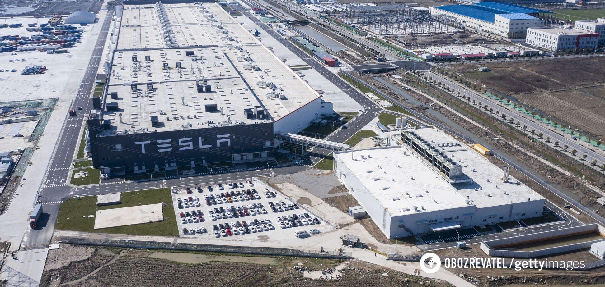 Пожежа на заводі Тесла в США