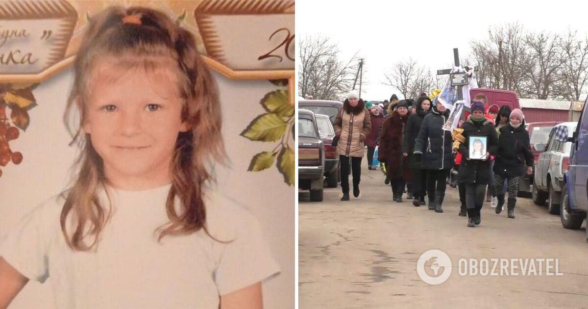 На Херсонщині відбулися похорони вбитої 7-річної Марії Борисової