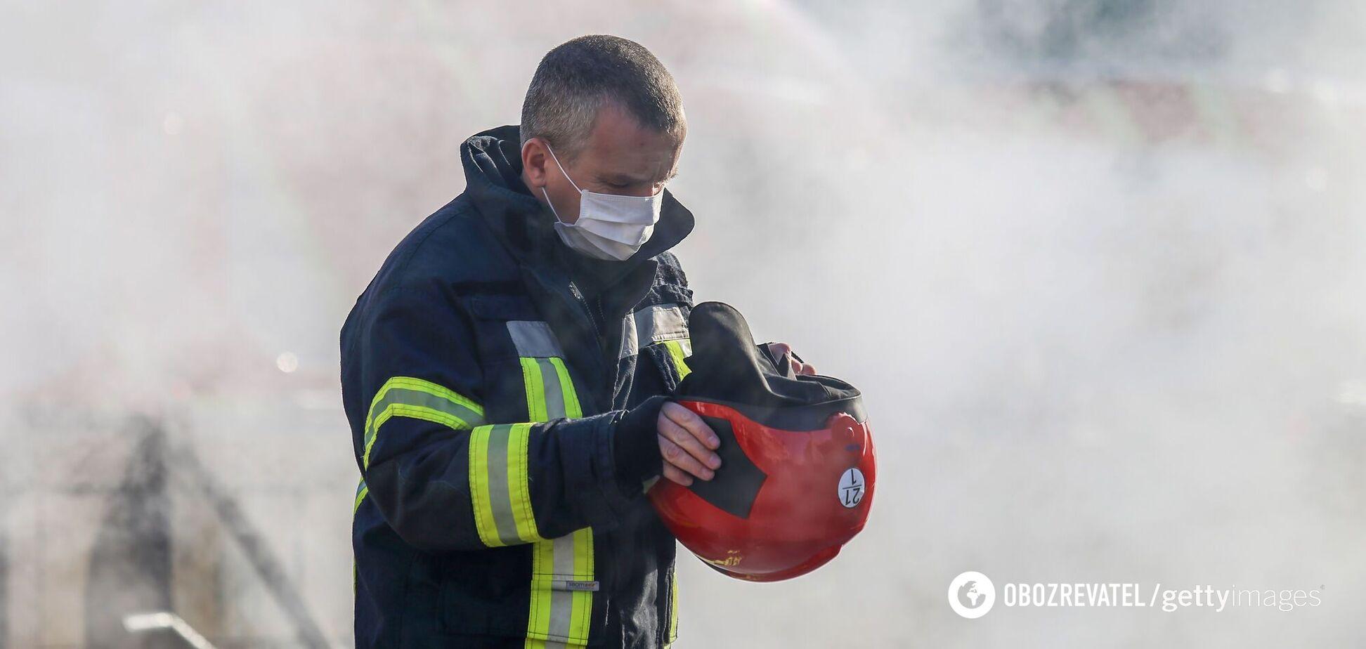 Возле аэропорта 'Борисполь' произошел сильный пожар