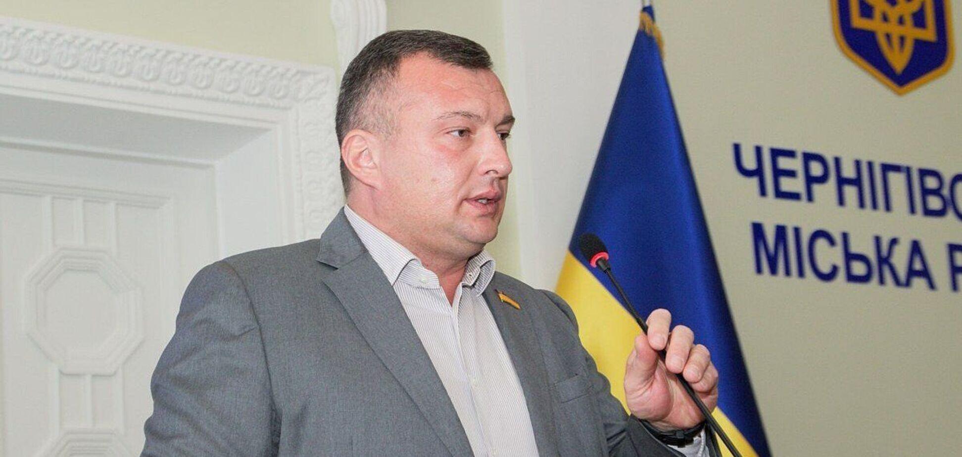 Нардеп Семинский попался на любовной переписке во время заседания Рады