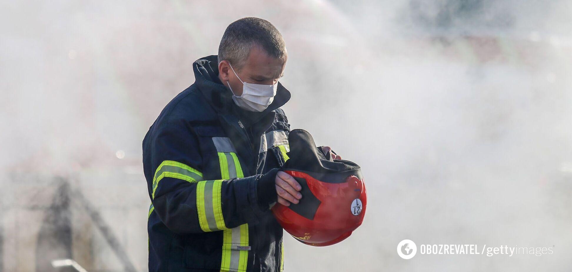 У Києві сталася пожежа в студентському гуртожитку. Відео
