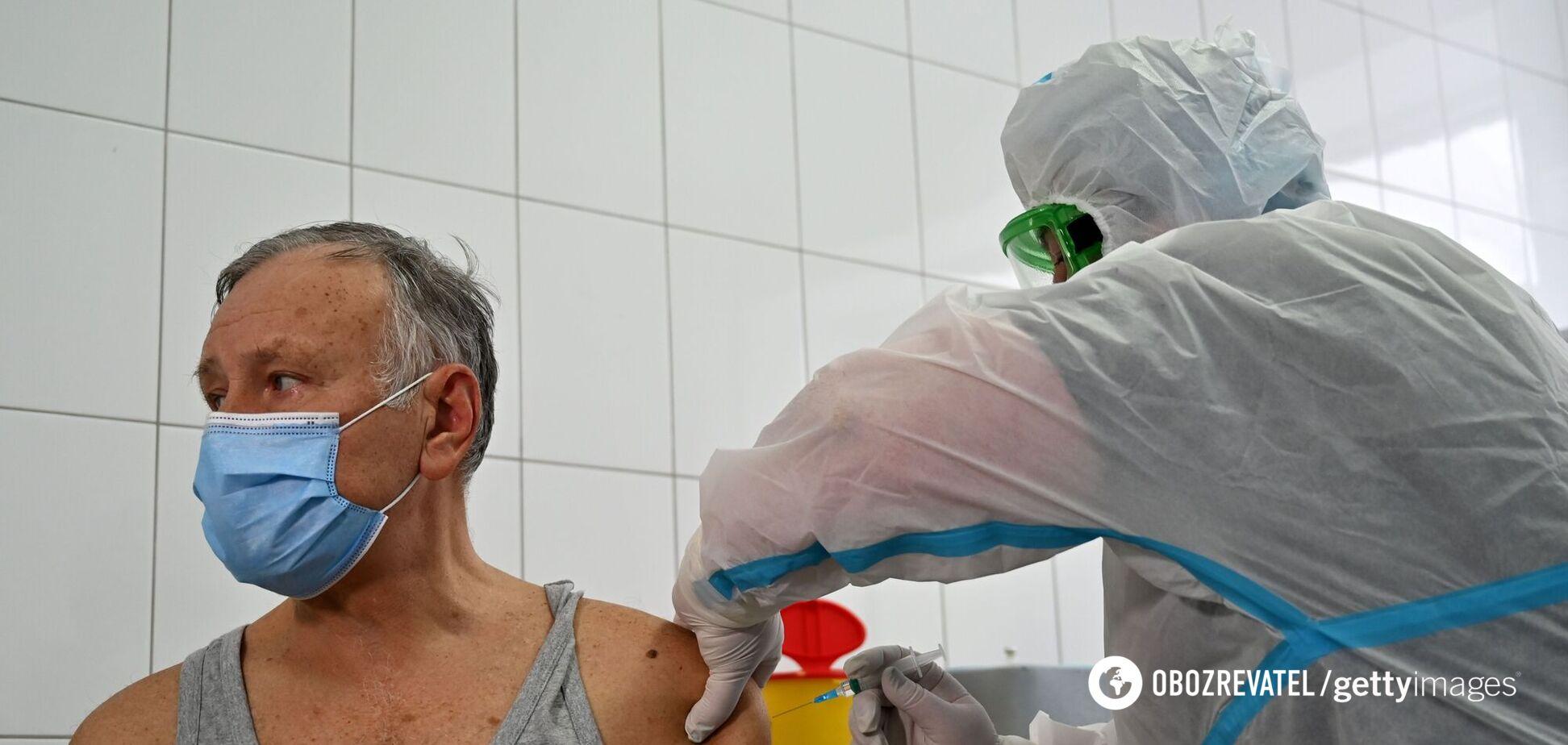 МОЗ розширив коло осіб, хто першими отримає вакцину в Україні