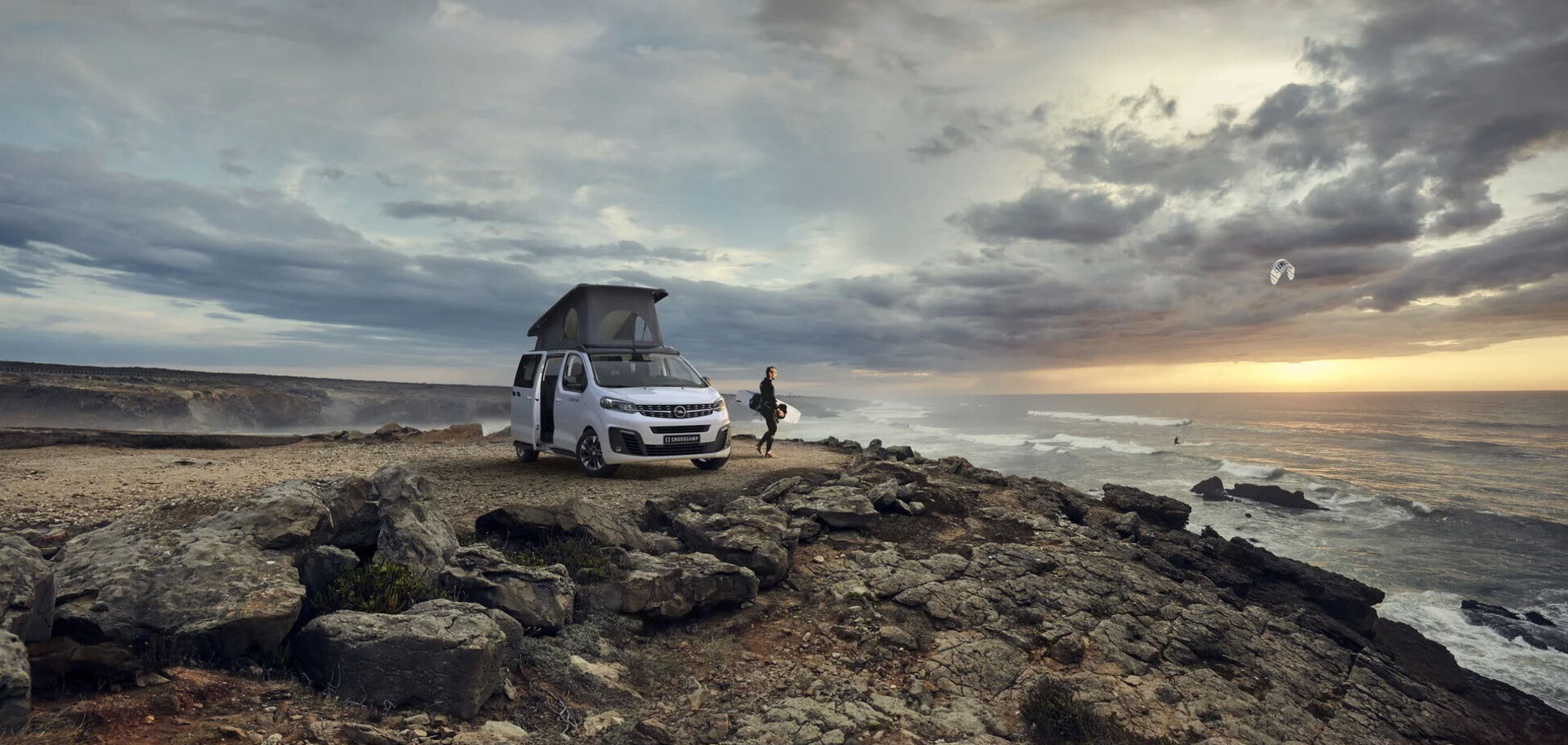 Opel Zafira Life перетворили на будинок на колесах