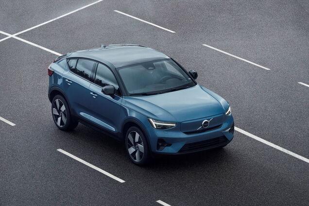 Volvo презентовала новый электромобиль C40 Recharge