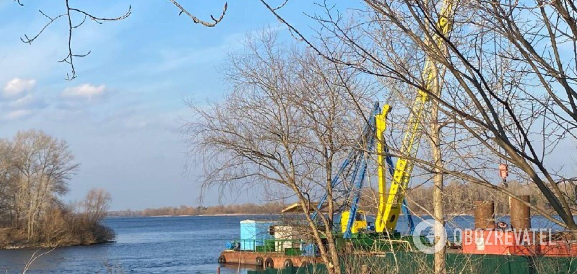 В Киеве начали строительство нового моста на Оболони. Фото