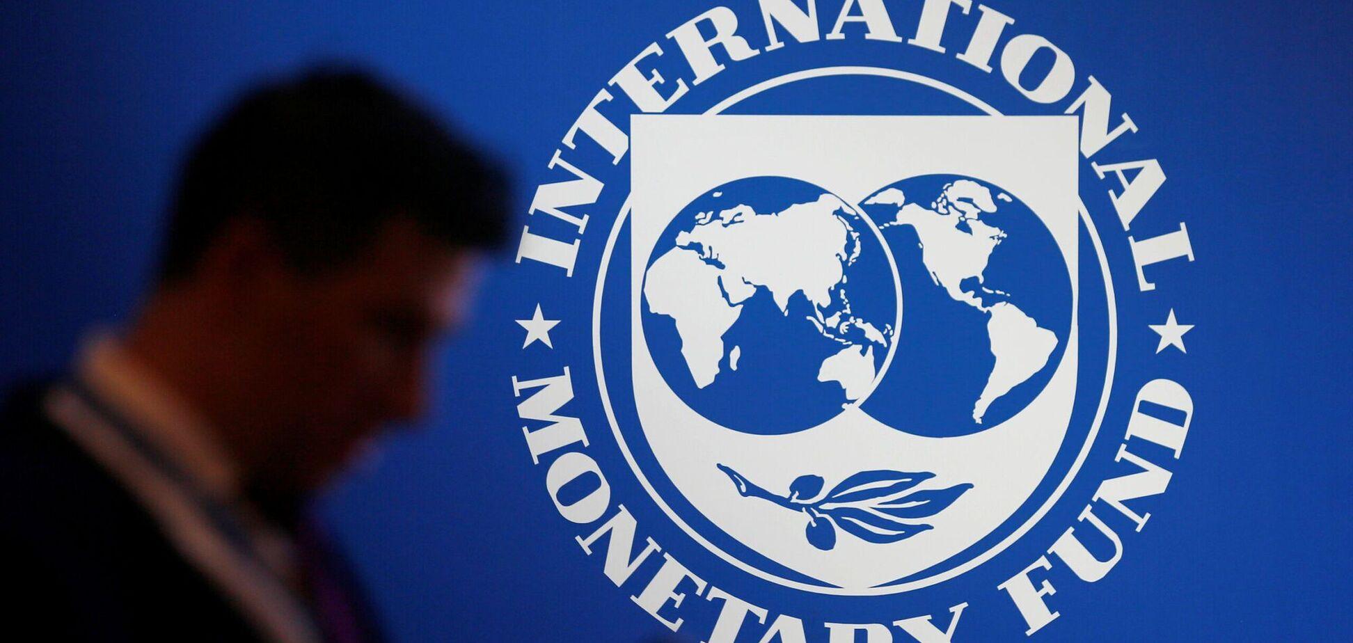 Украина с МВФ не могут договориться о транше,– эксперт