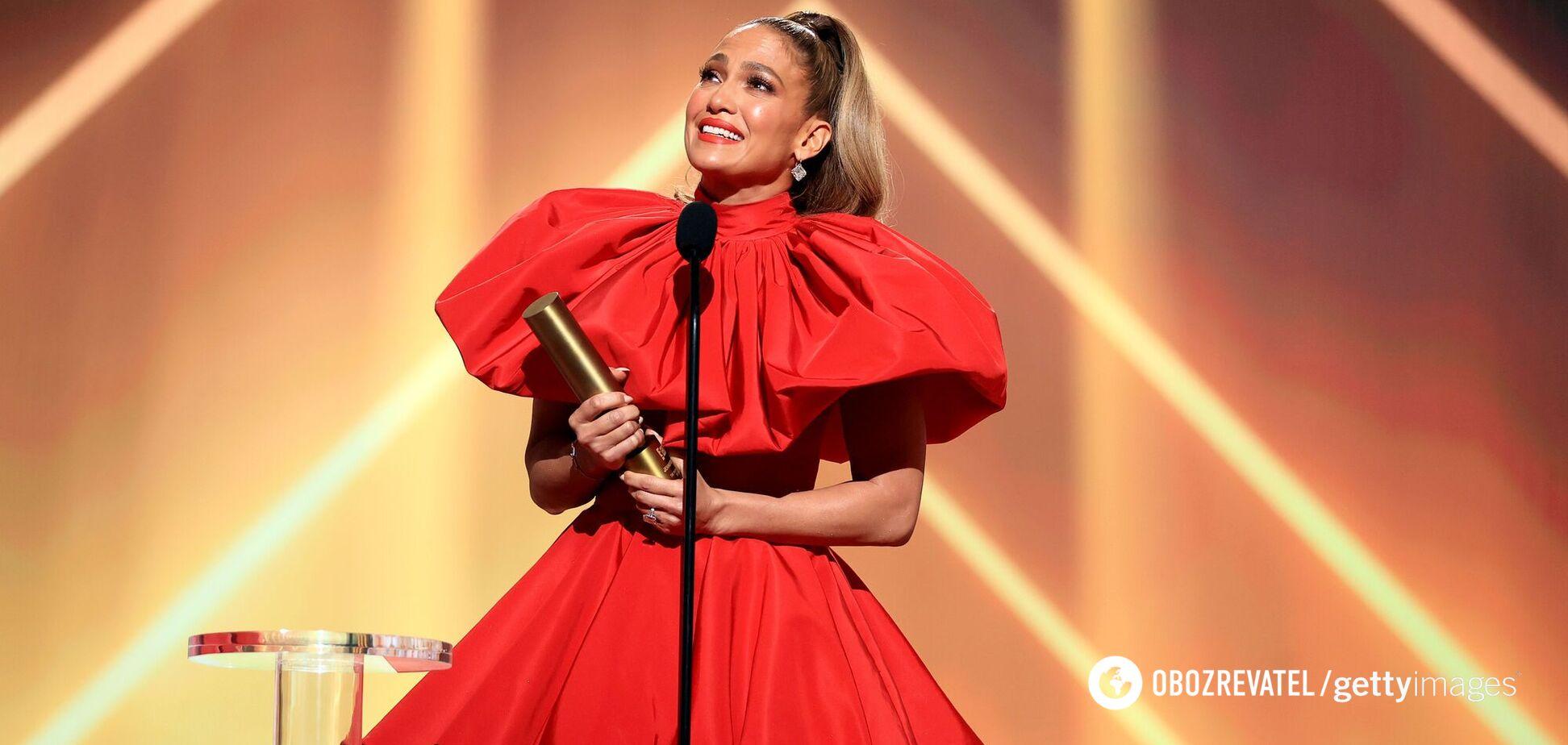 Дженнифер Лопес признали самой привлекательной звездой 40+