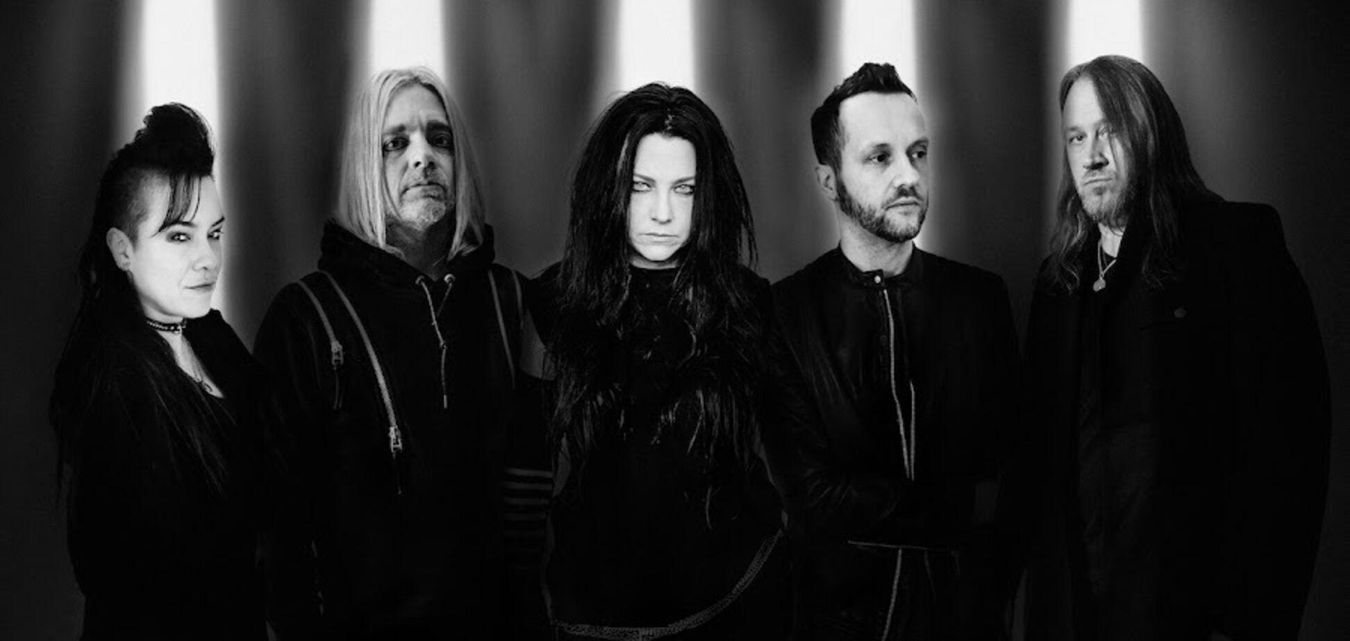 Рок-группа Evanescence выпустила альбом с оригинальными песнями впервые за 10 лет