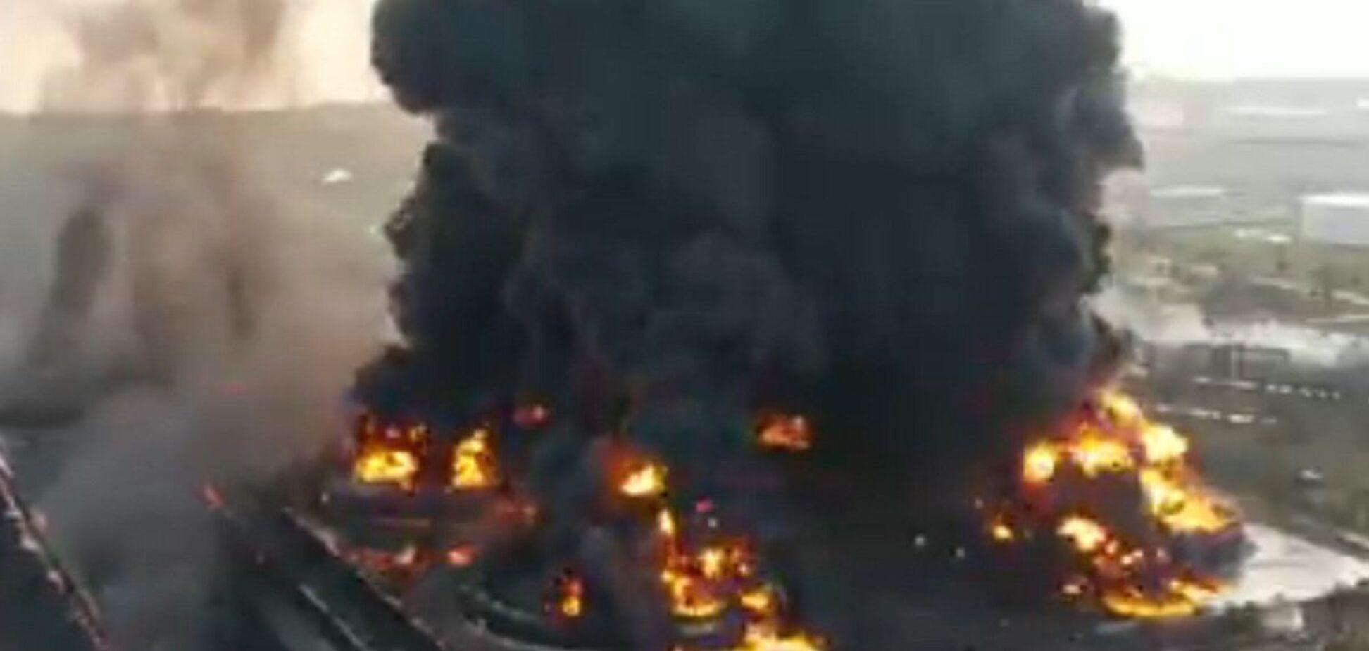 В Індонезії вибухнув нафтопереробний завод