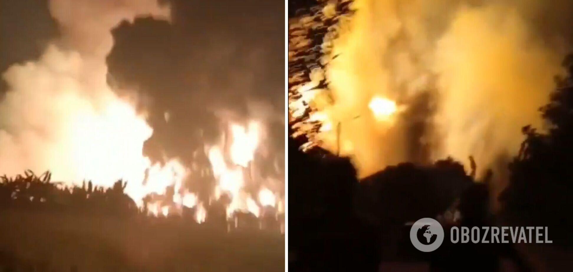Пожар на заводе в Индонезии