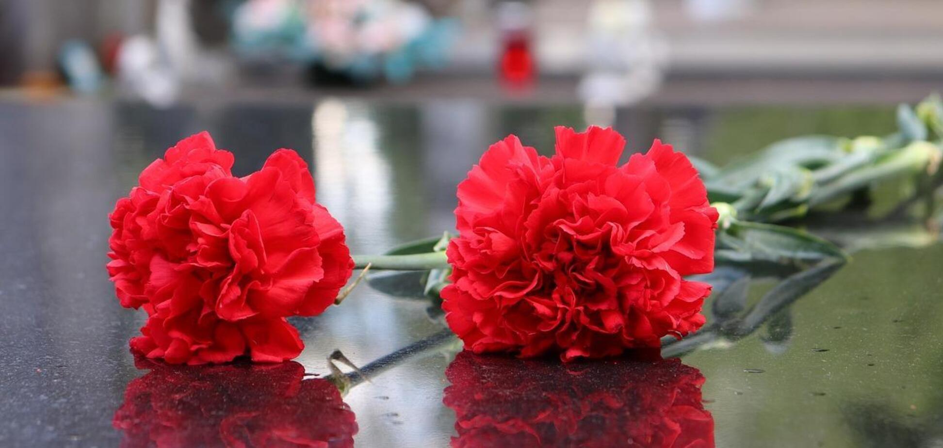У Росії члени партії Путіна поклали квіти до могили союзників нацистів. Фото
