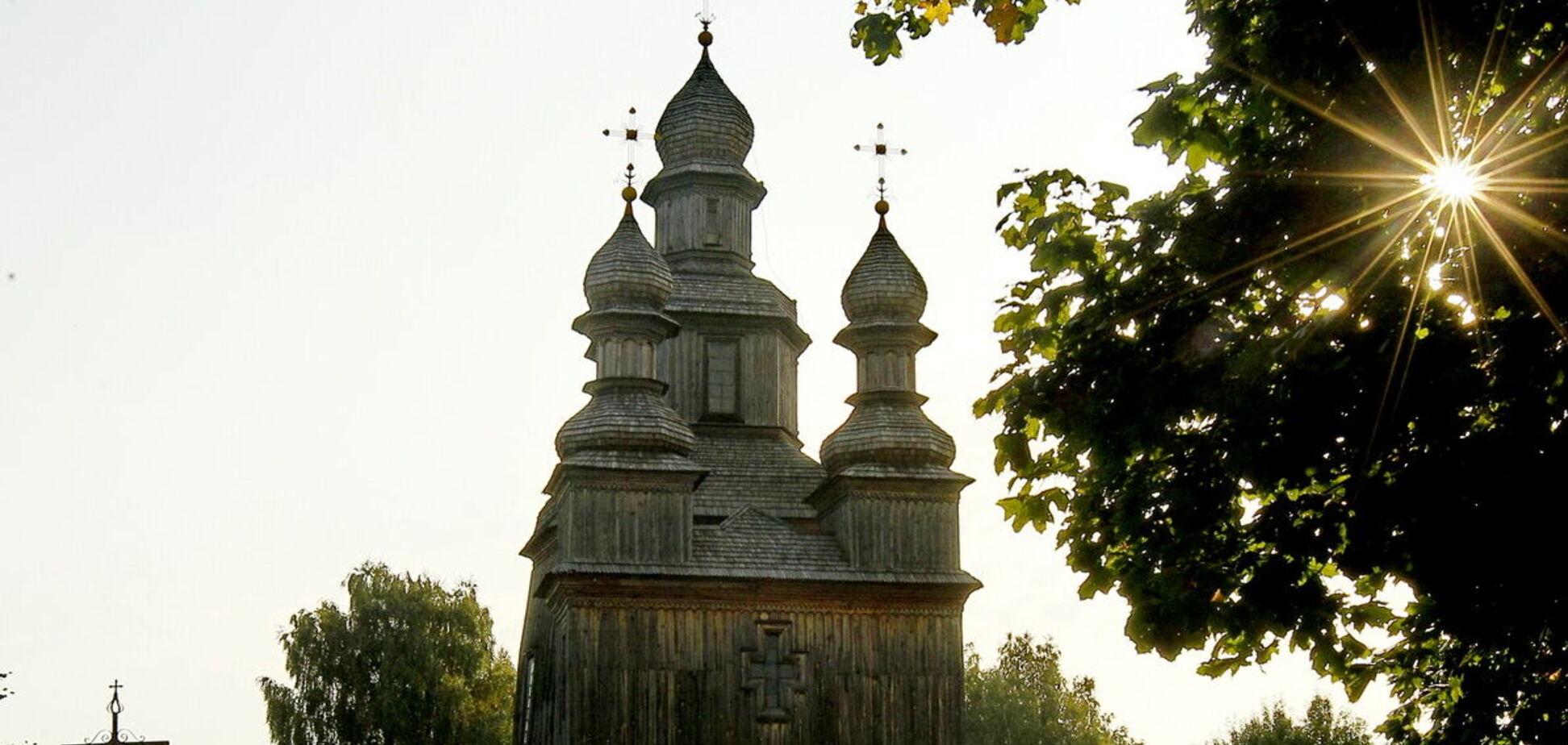 Свято-Георгіївському храму в смт Седнів майже 300 років