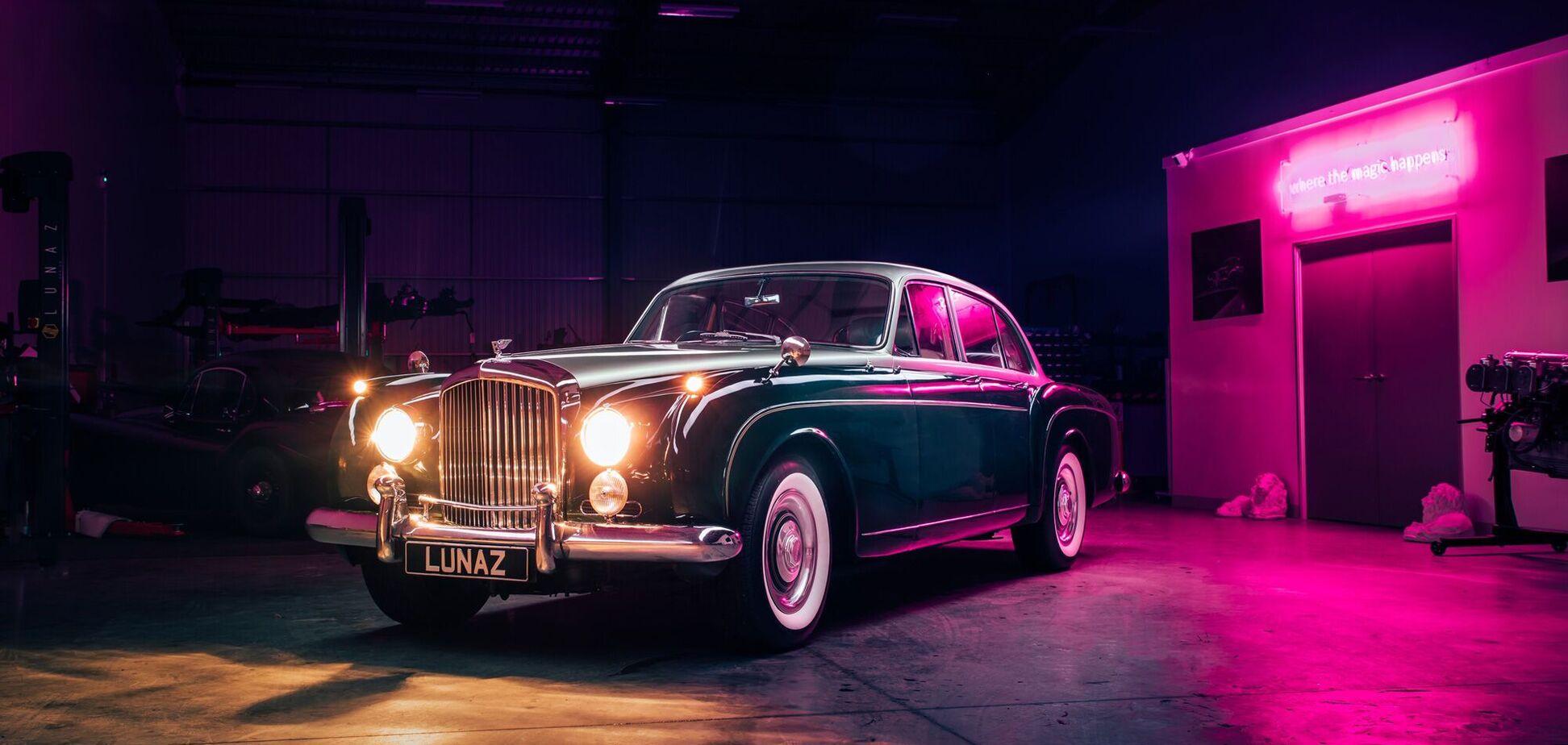 Британська компанія Lunaz показала електричний Bentley