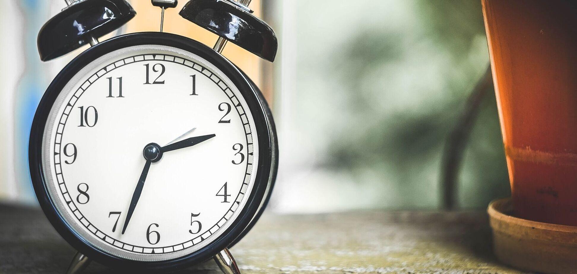 В Україні можуть скасувати переведення годинників