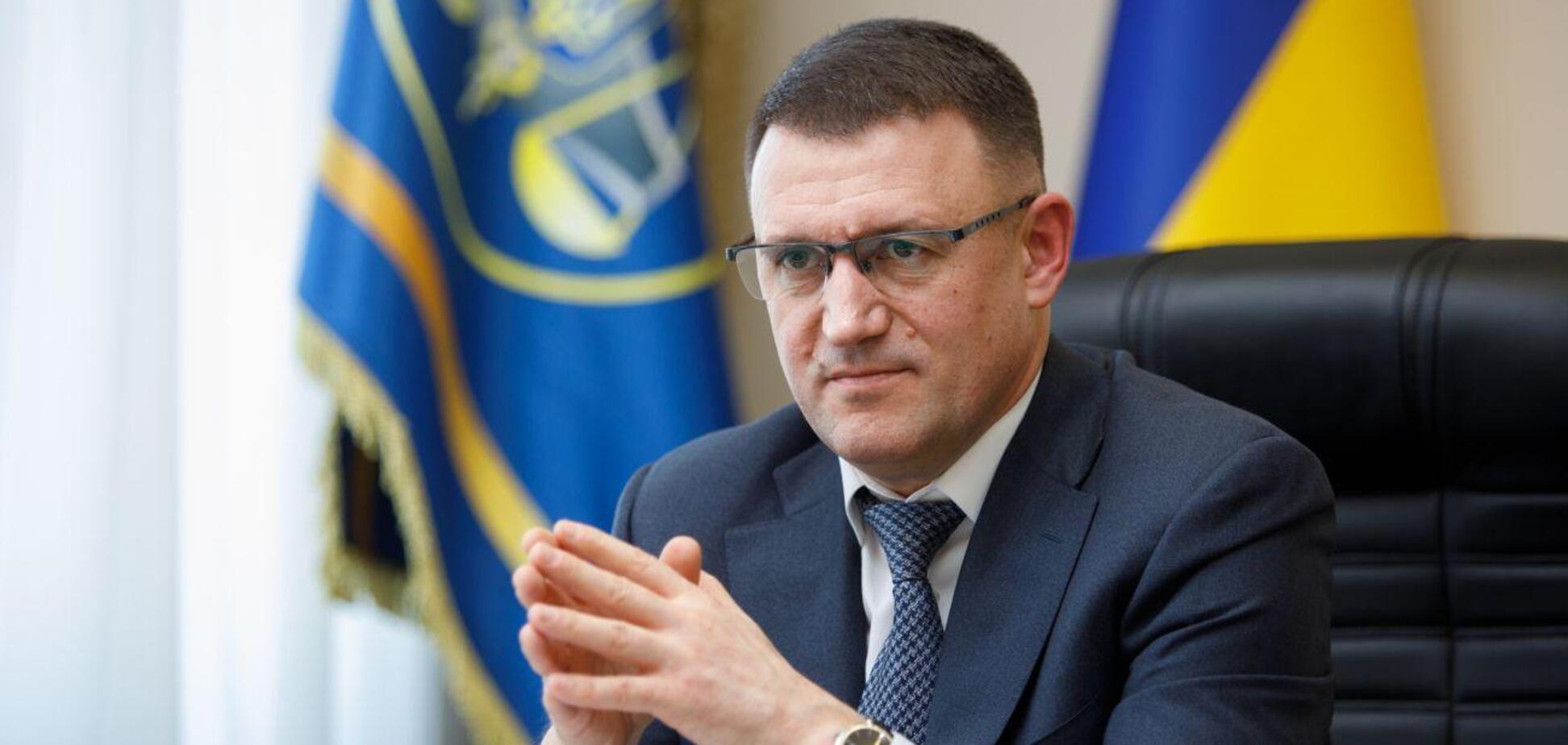 Мельник може бути причетним до 'кришування' виробництва контрафактних сигарет в Україні