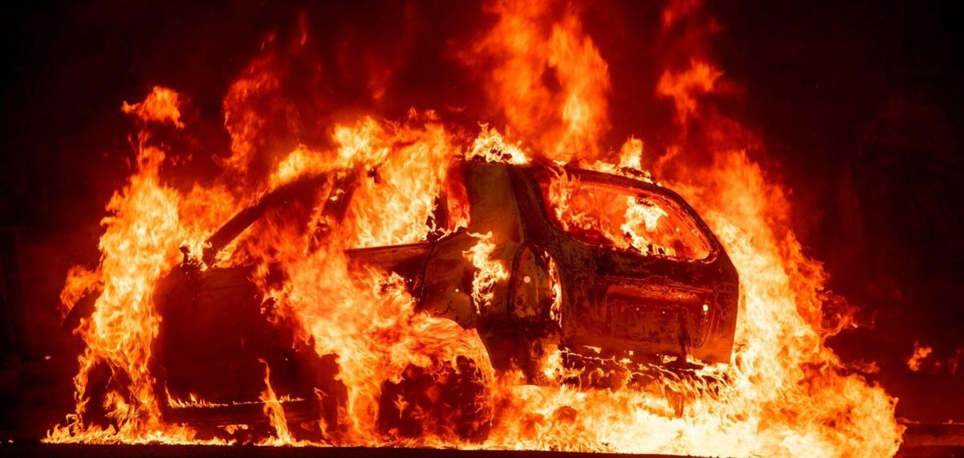 Під Дніпром згоріла Toyota