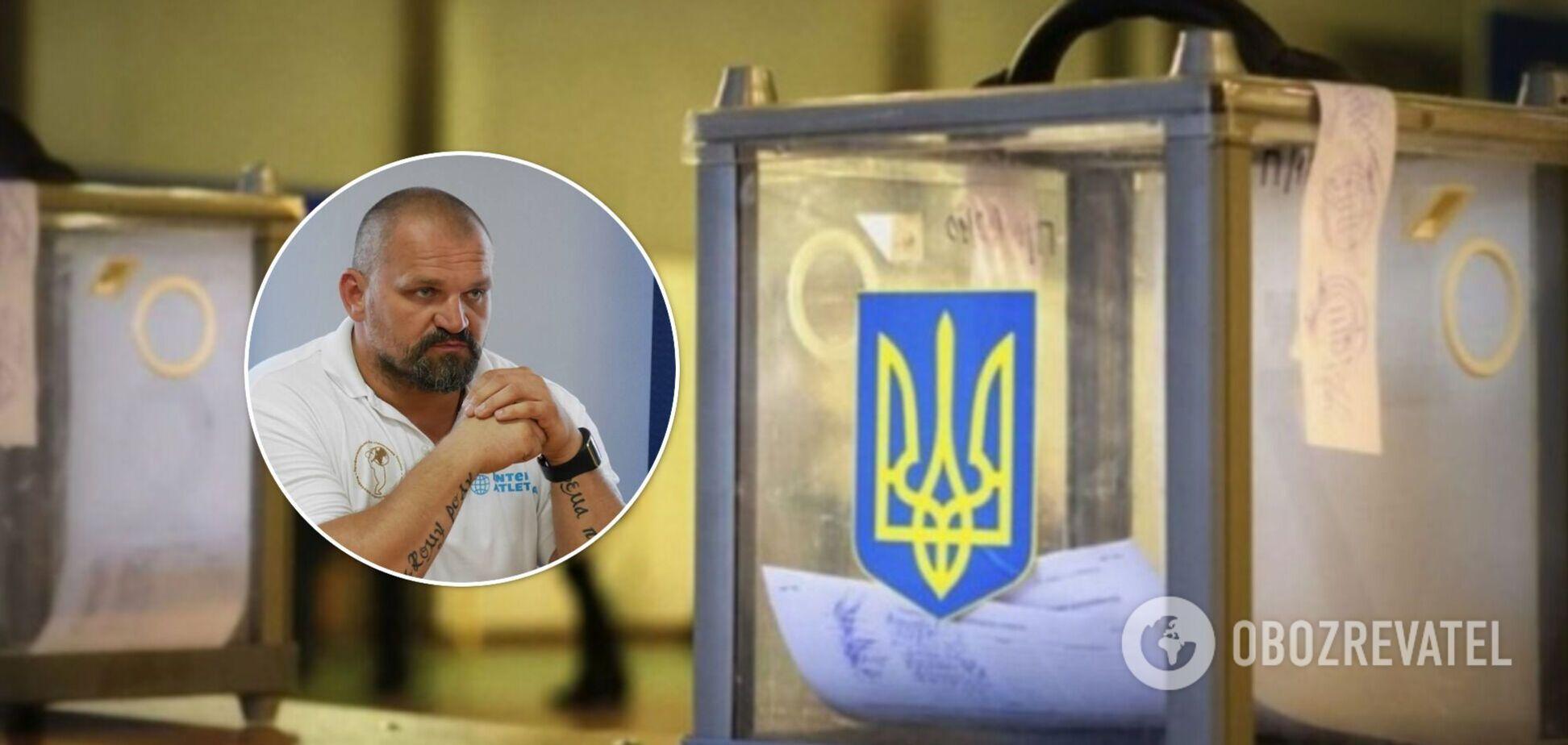 Вибори на Прикарпатті: підрахунок голосів відновили після візиту 'слуг'