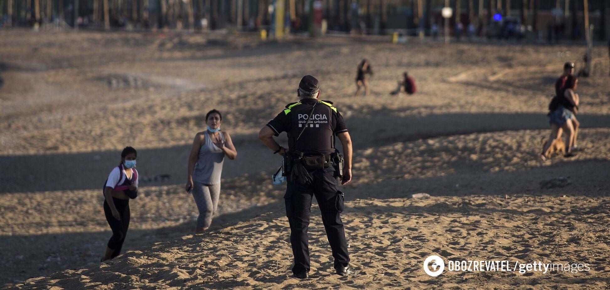Іспанія ввела обов'язкове носіння масок на пляжах
