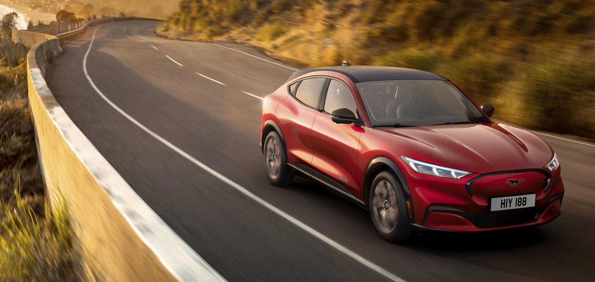 Ford виплатить компенсацію покупцям електричного Mustang Mach-e