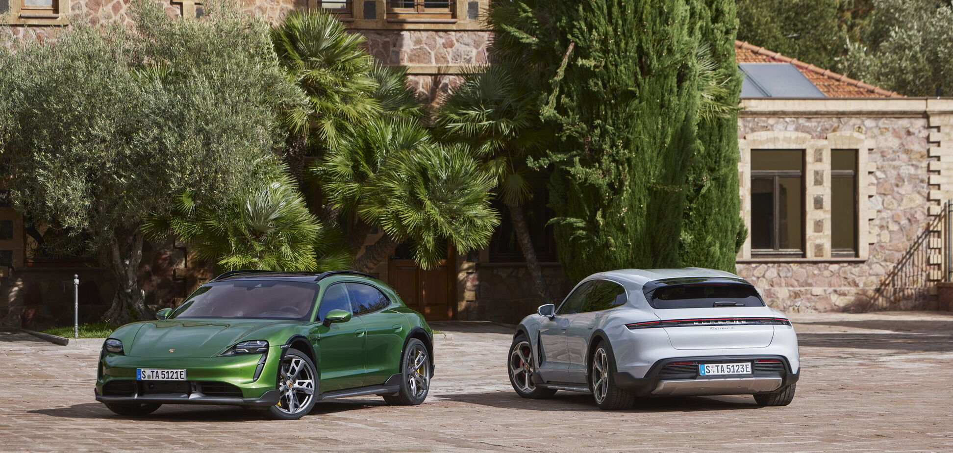 Porsche провів онлайн-презентацію Taycan Cross Turismo