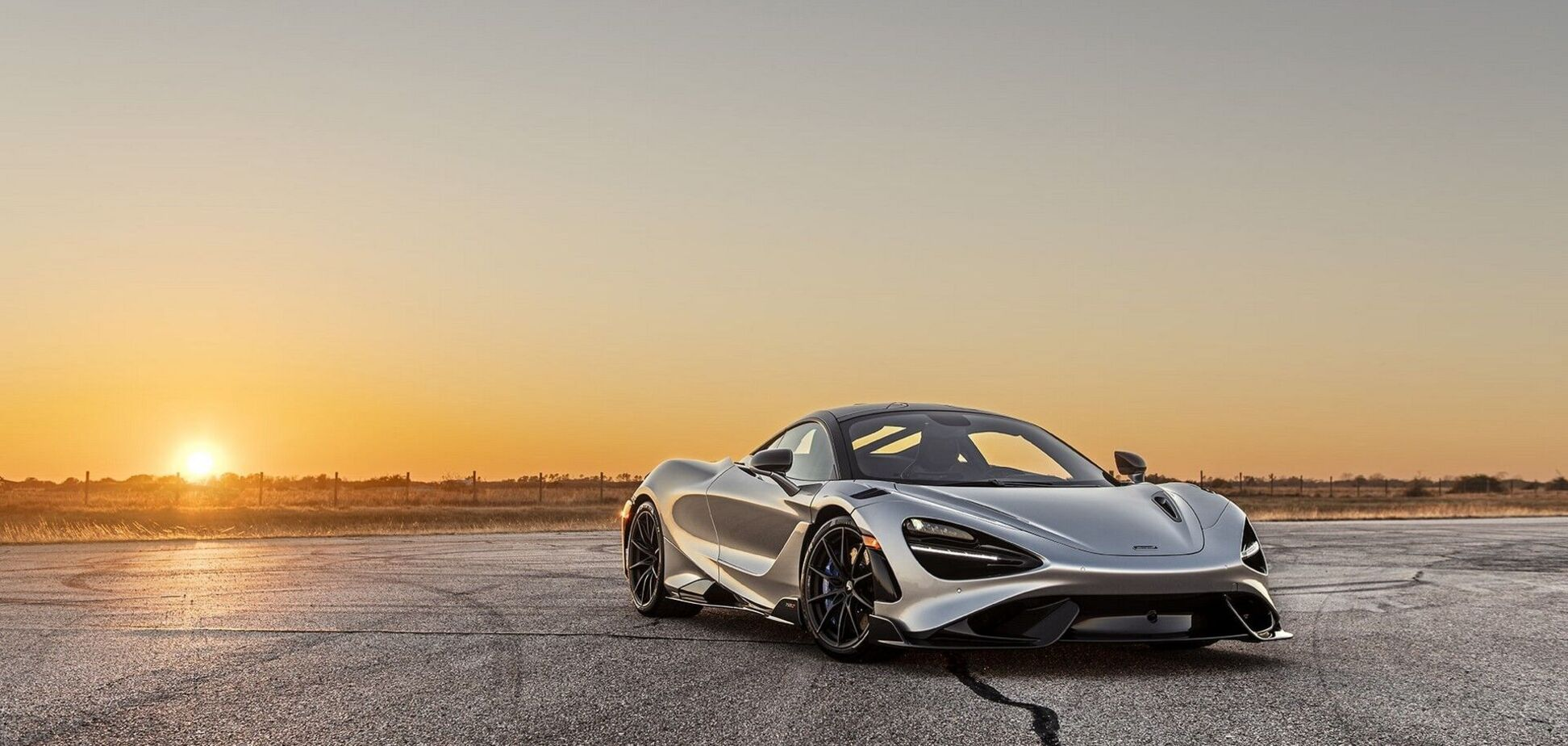 Hennessey 'прокачала' McLaren 765LT до 1015 л.с.