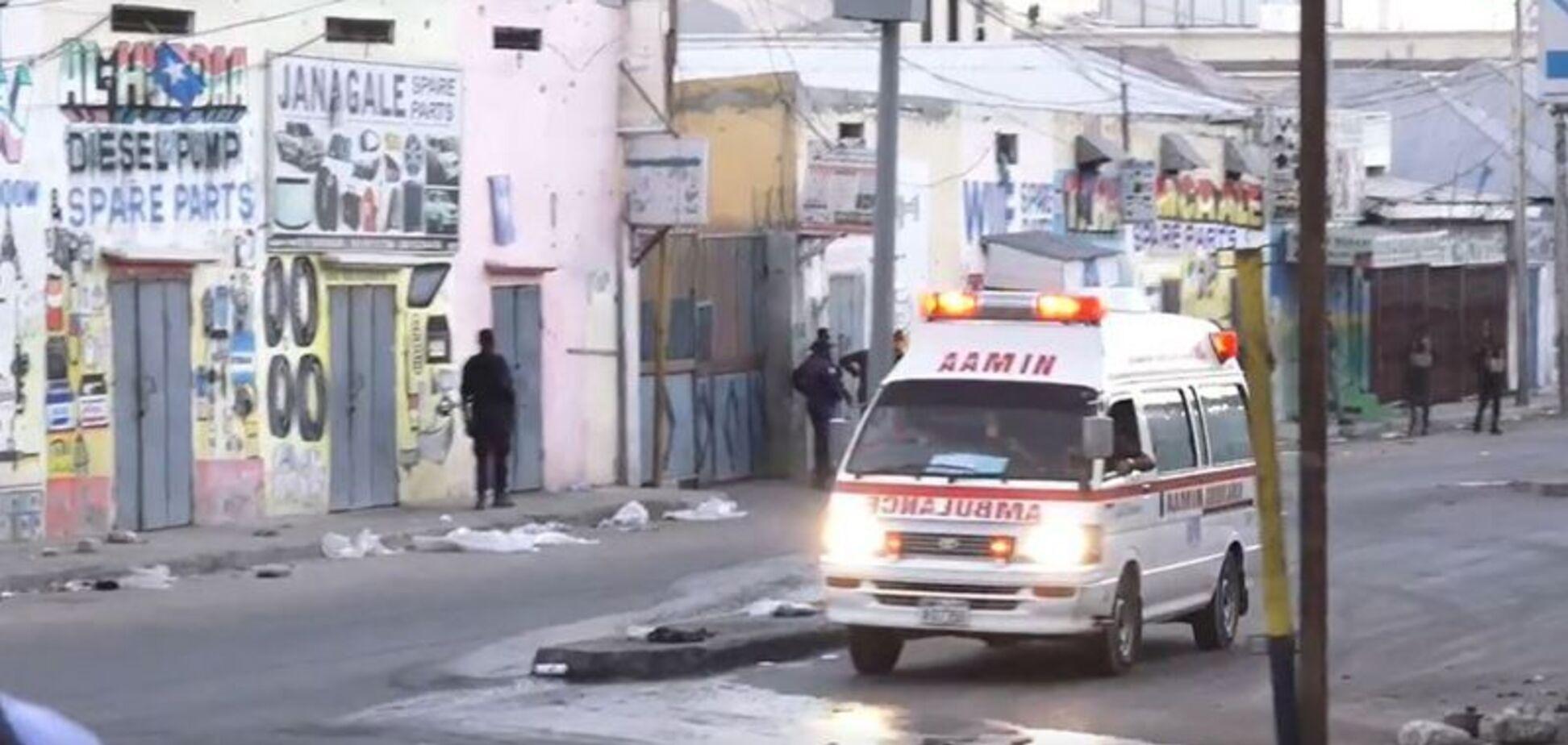 У Сомалі підірвали ресторан, загинули 20 осіб і 30 отримали поранення
