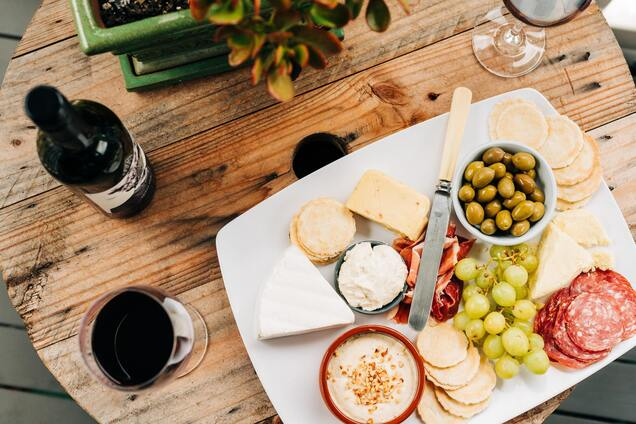 Вино й сир з одного регіону створені одне для одного.