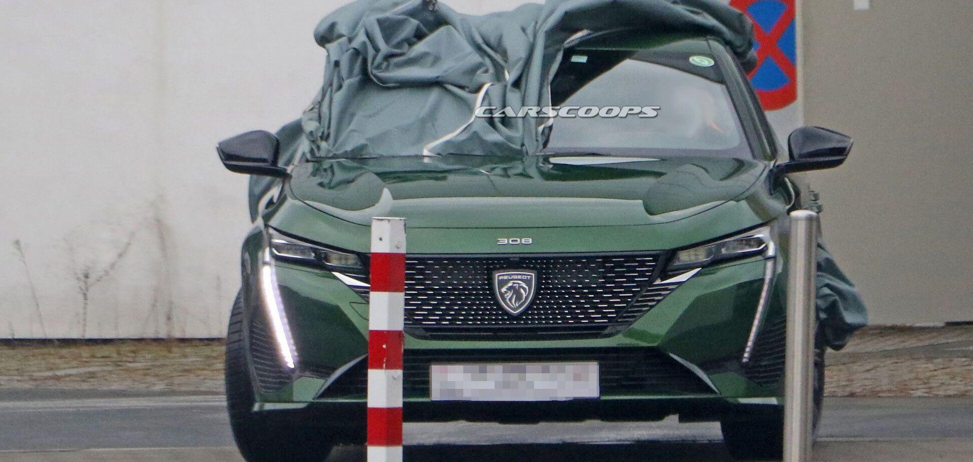 Фотошпигуни зловили у об'єктив новий Peugeot 308