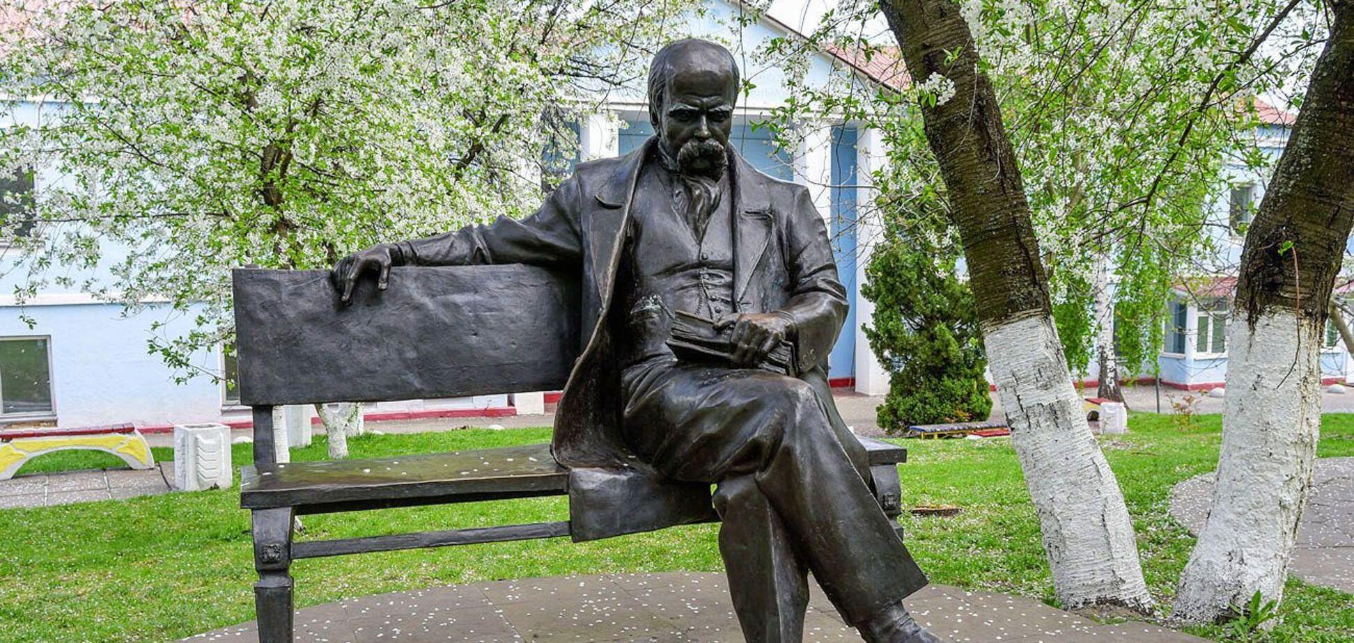 Тарас Шевченко стал мировым рекордсменом по количеству установленных памятников