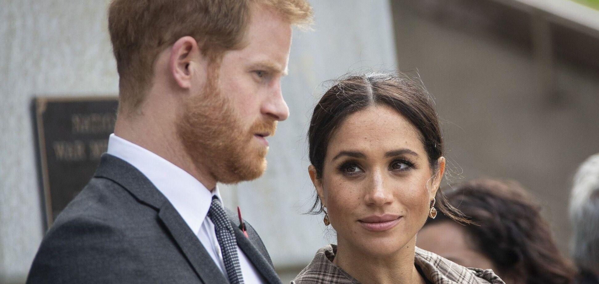 У мережі показали, як відреагували на смерть принца Філіпа Гаррі і Меган