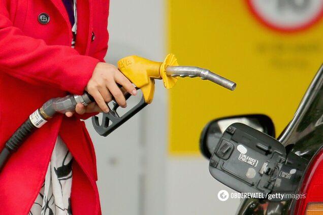 Цены на бензин в Украине взлетели: названа причина подорожания