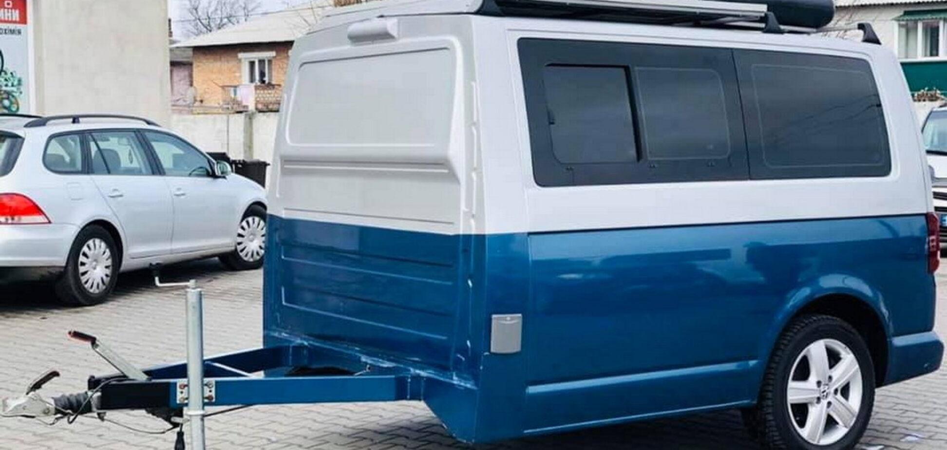 З половинки VW T6 Multivan зробили будинок на колесах