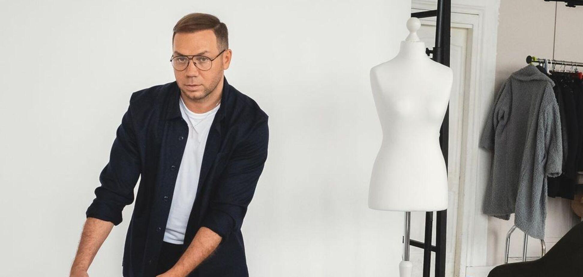 Украинский дизайнерАндре Танподелился с поклонниками новинкой из своей коллекции