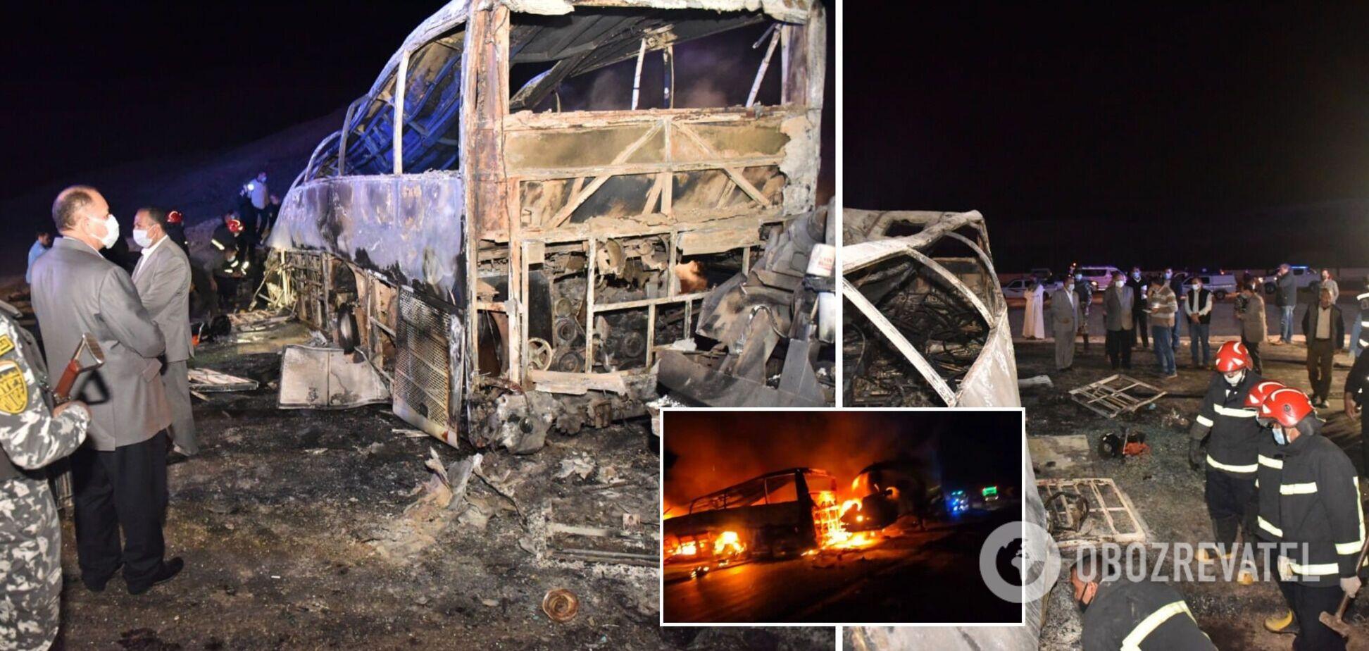 У Єгипті трапилася велика ДТП: 20 осіб згоріли живцем. Фото
