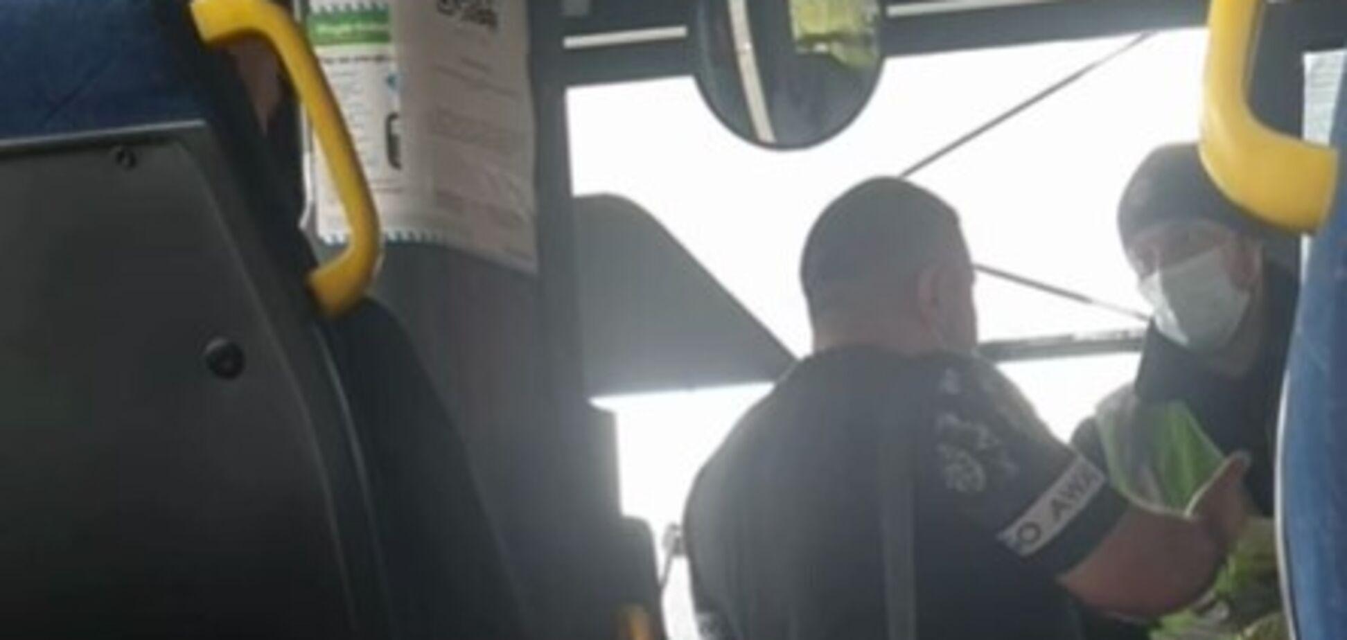 Под Харьковом произошел скандал с участником АТО, которого трижды не пускали в автобусы