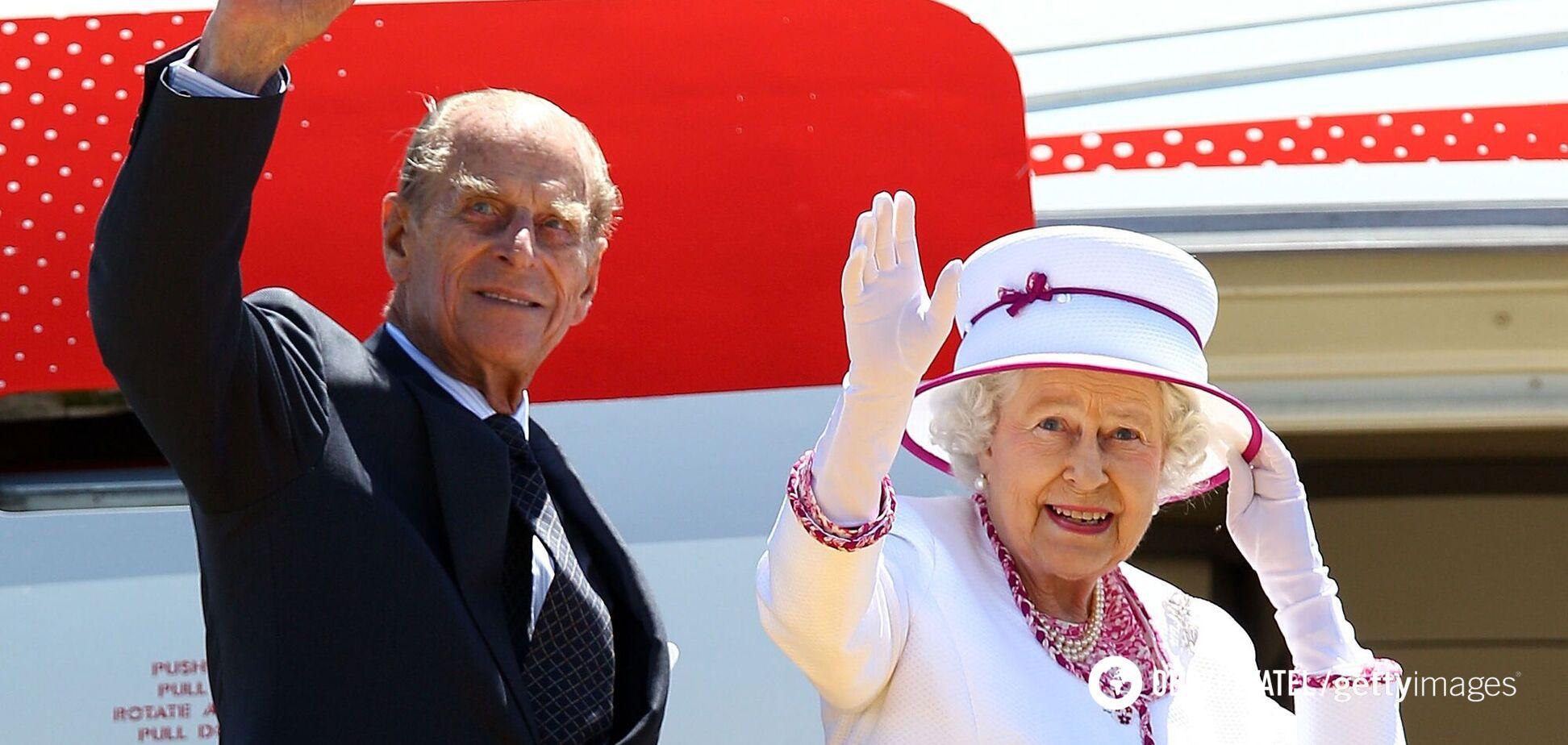 В сети показали редкое фото Елизаветы II и принца Филиппа с правнуками